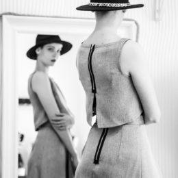 woman-1326707_1920